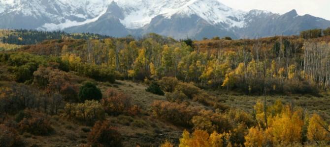 Prawdziwa amerykańska jesień w drodze przez góry San Juan